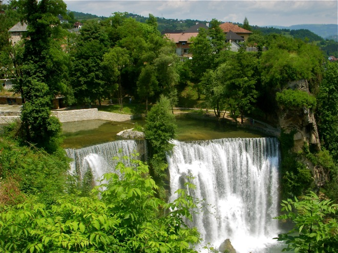 Jajce and the Waterfalls, A Short History and the Weather Report. post image