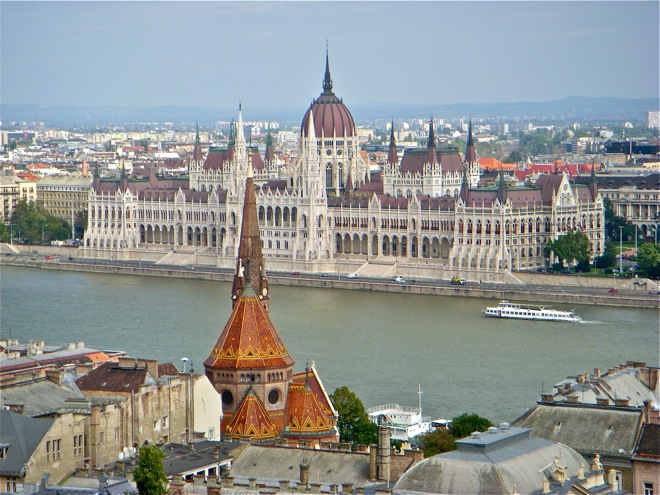 the view of the budapest parliament