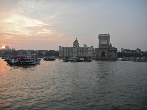 the bay of bombay india, the gate of india,