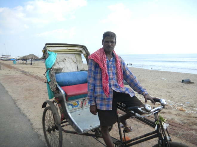 the rickshaw transportation in India