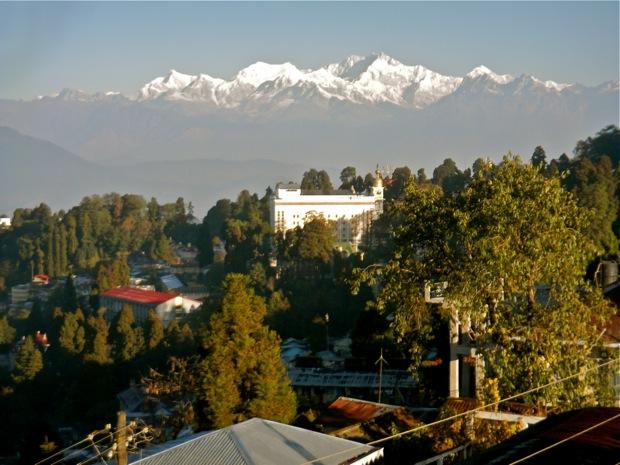 himaylan mountain view from darjeeling india