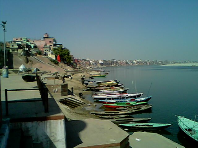 the river in varanasi