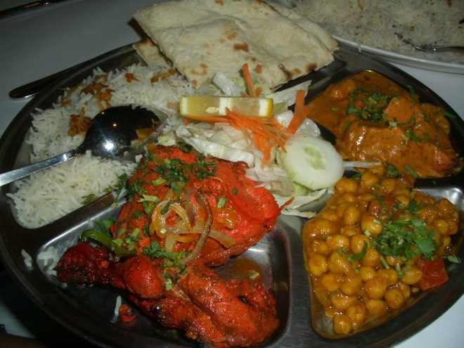 Enjoy indian food while traveling india